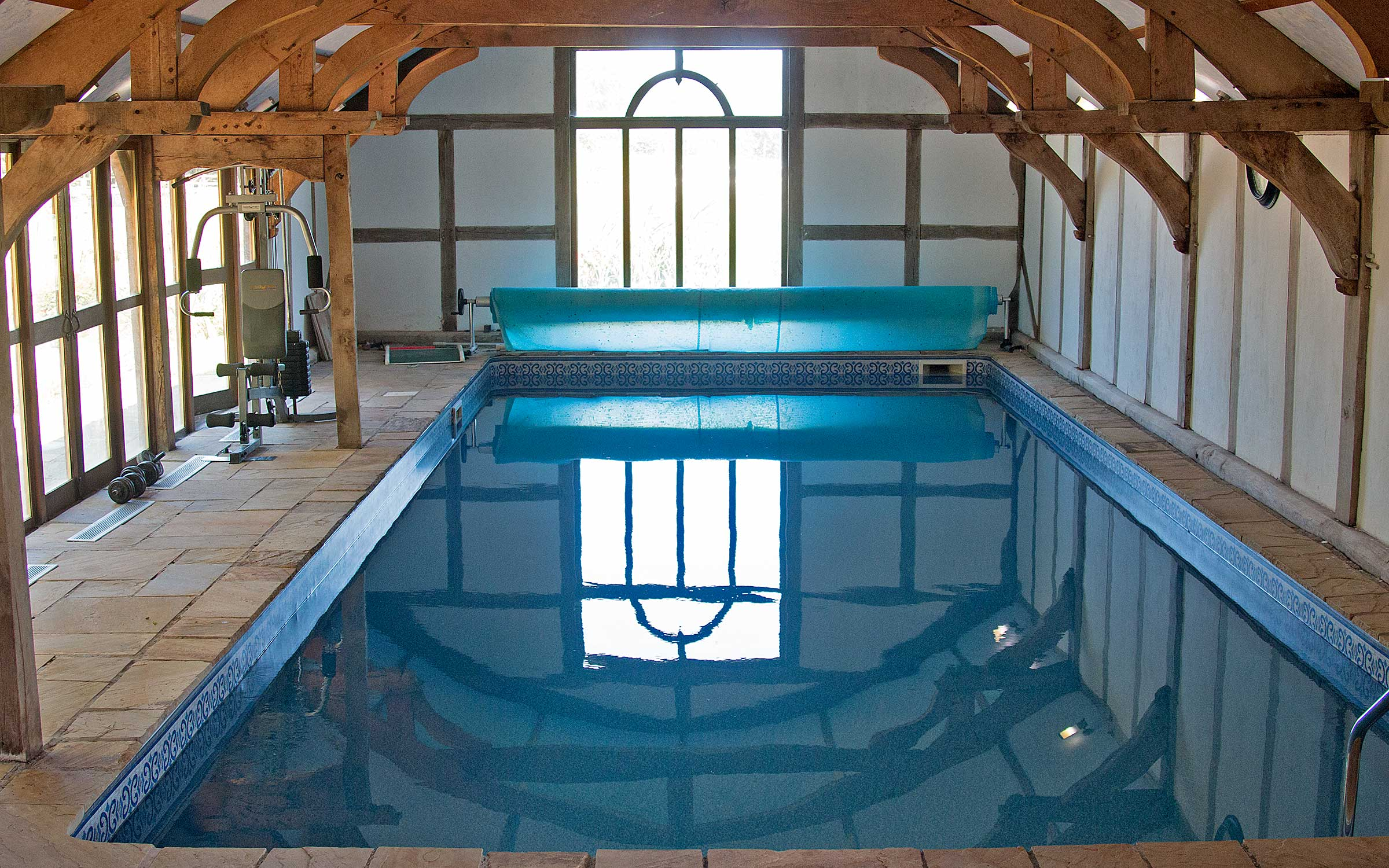 Barnacre Holiday Cottages Swimming Pool And Hot Tubs